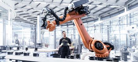 Robot công nghiệp nặng